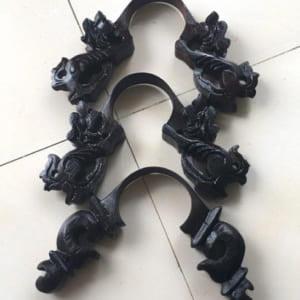Chân Nghê Gỗ Mun